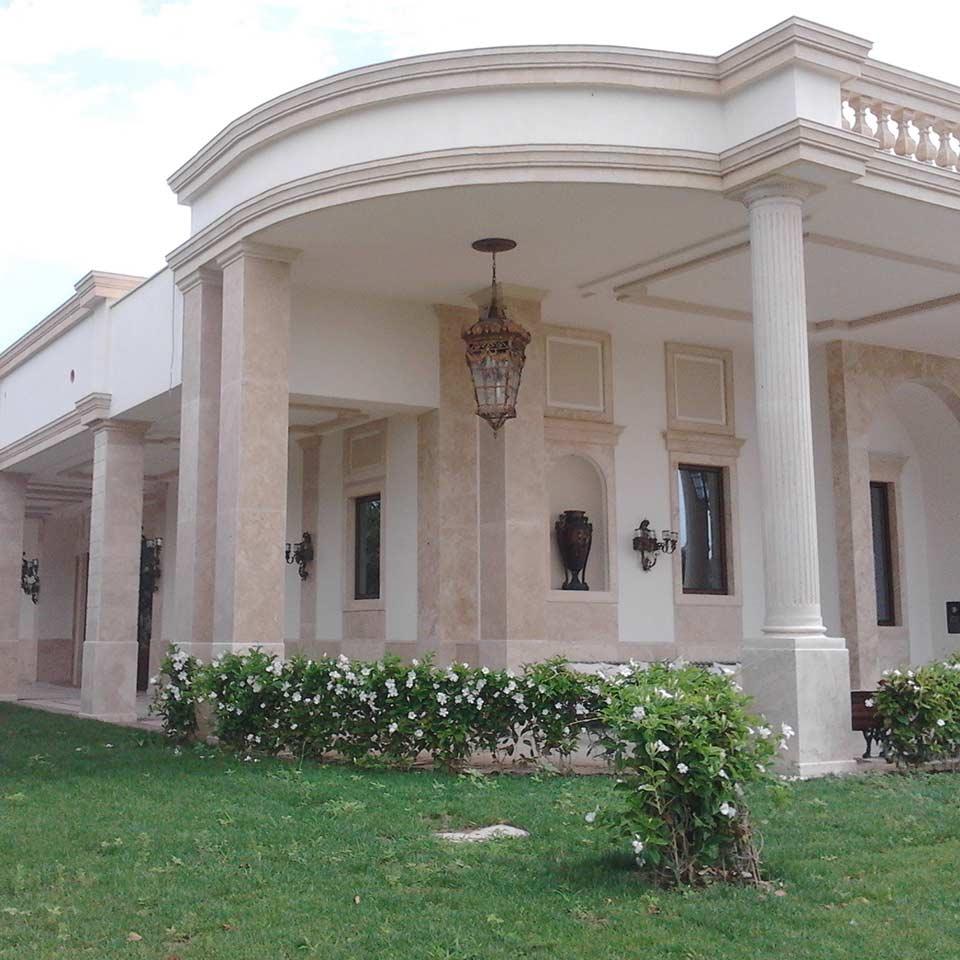 marmi pietre foggia facciata in marmo chiaro rivestita