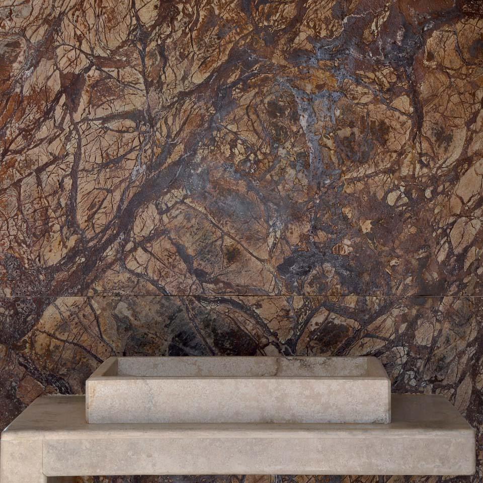 marmi pietre foggia parete in marmo naturale marrone